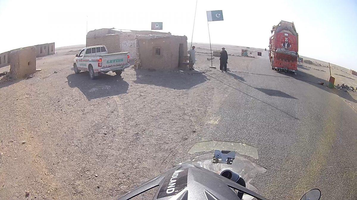 Attraverso il Belucistan pakistano
